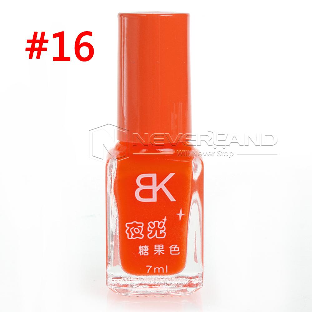 neu 1x leuchtet im dunkeln nagellack gl htfarbe nail art polish fluoreszenz ebay. Black Bedroom Furniture Sets. Home Design Ideas